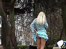 3 movies - Upskirt video voyeur gallery