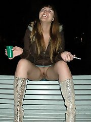 Girl unaware upskirt no panties and