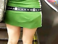 4 movies - She's got really priceless treasure under her skirt. Hurry up to watch the vids