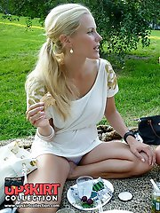 12 pictures - Two blondes filmed by upskirt hunter
