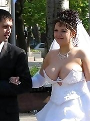 21 pictures - Images of Hot Oriental Bride Posing
