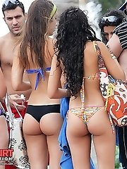 12 pictures - The festive of round bikini booties