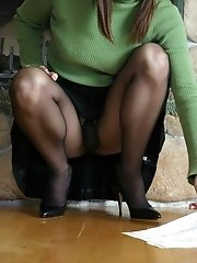 10 pictures - upskirt times picture gallery